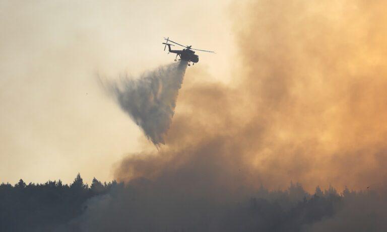 Φωτιά στη Βαρυμπόμπη: Γιατί καθηλώθηκαν τα Canadair!