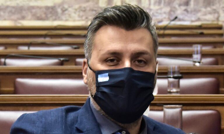 Γιάννης Καλλιάνος: Με ανάρτηση στα social media, ο βουλευτής και μετεωρολόγος παροτρύνει τους ομολόγους του να βοηθήσουν τους πυρόπληκτους.