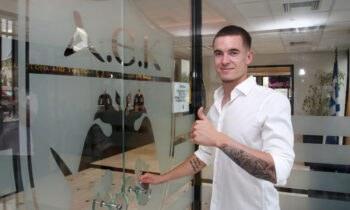 Ο Κλεμάν Μισελέν από σήμερα είναι ποδοσφαιριστής της ΑΕΚ, καθώς πριν λίγο η ΠΑΕ ΑΕΚ ανακοίνωσε την μεταγραφή του.