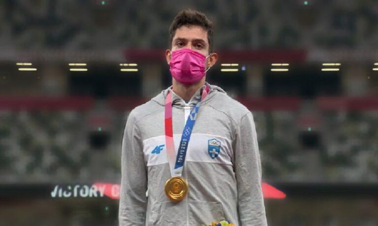 Ολυμπιακοί Αγώνες 2020: Το τεράστιο μήνυμα του Τεντόγλου με τη ροζ μάσκα που πέρασε απαρατήρητο!