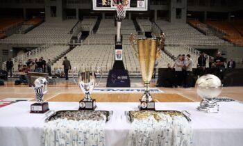 Την Τετάρτη (22/9) θα γίνουν και οι δύο αναμετρήσεις για το Κύπελλο, τόσο στο κλειστό του Πλάτωνα στη Νίκαια όσο και στο Ιβανώφειο στη Θεσσαλονίκη.
