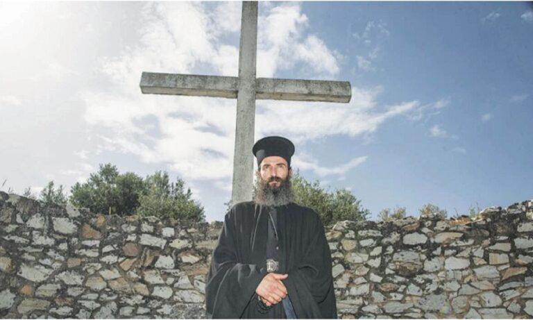 Ως βασικό της θέμα φιλοξενείται από την εφημερίδα «ΕΣΤΙΑ» η ταινία «Άνθρωπος του Θεού» η οποία κάνει εκτενή αναφορά στον Άγιο Νεκτάριο.