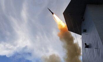 Oι Αster μπορούν να πλήξουν στόχους σε απόσταση άνω των 120 χλμ. με ταχύτητα 4,5 Mach
