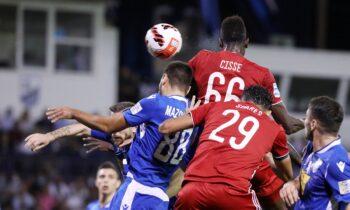 Λαμία - Ολυμπιακός: Γρήγορα πήρε κεφάλι στο σκορ ο Ολυμπιακός με τον Σισέ να στέλνει την μπάλα στα δίχτυα με καρφωτή κεφαλιά.