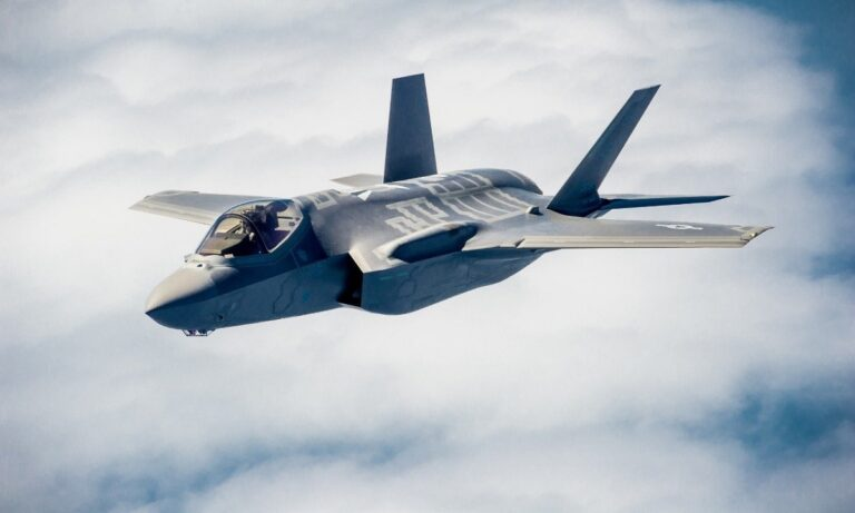 Eλληνοτουρκικά: Πώς θα διαλύσουν τις τουρκικές υποδομές την τρίτη μέρα του πολέμου τα ελληνικά F-35 - Tι θα γίνει αν τα πάρει η Ελλάδα.