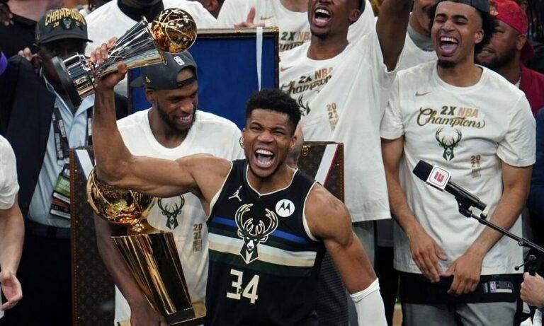 Στο NBA, λίγο πριν να αρχίσει η νέα σεζόν, η διοργανώτρια αρχή έκανε γνωστές, τις 100 κορυφαίες φάσεις του πρωταθλήματος που πέρασε.