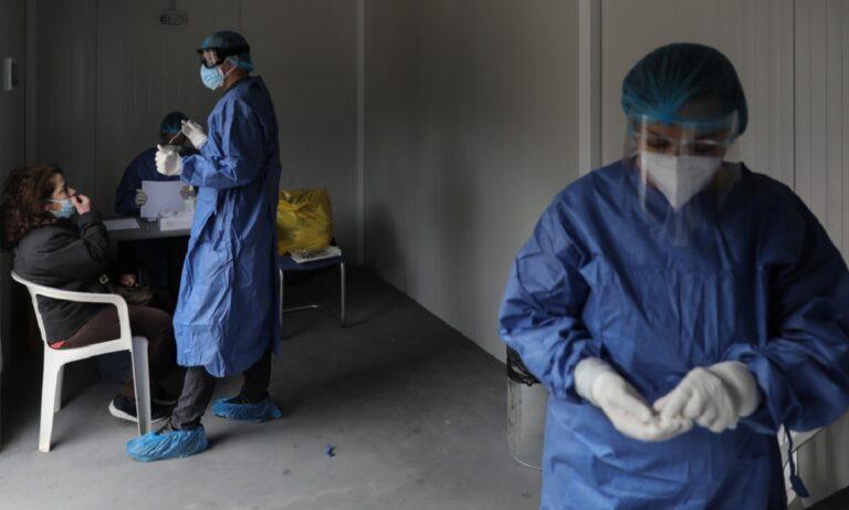 Κορονοϊός: Rapid test σε ακατάλληλους χώρους – Μπάχαλο εξαιτίας των αποφάσεων της κυβερνησης