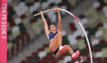 Η Κατερίνα Στεφανίδη αγωνίστηκε την Τρίτη στο διεθνές μίτινγκ στη Μπελιντσόνα και κατέλαβε την 4η θέση στο επί κοντώ με άλμα στα 4,50 μέτρα.