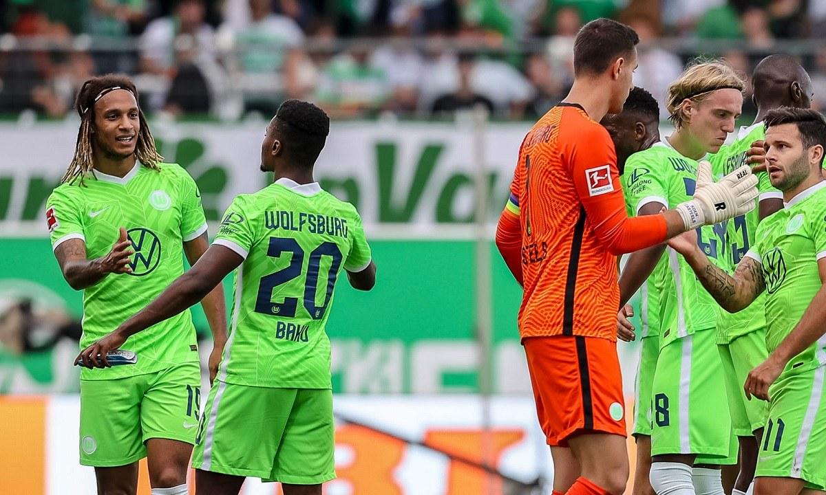 Βόλφσμπουργκ: Πώς έφτασε να είναι η μοναδική στην Bundesliga με το απόλυτο μετά από 4 αγωνιστικές