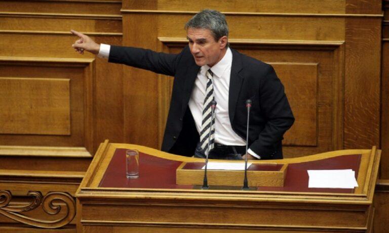Λοβέρδος: «Έλειπα από τη Βουλή, θα είχα ψηφίσει τα μέτρα για τα πλαστά πιστοποιητικά»