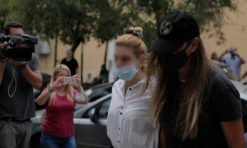 Οι γονείς της παίκτριας του Power of Love που έπιασαν με κοκαΐνη λυγίζουν μπροστά στην κάμερα «Διαλυθήκαμε»