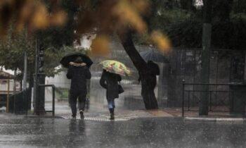 Καιρός: Αυτές οι περιοχές θα χτυπηθούν σήμερα από δυνατές καταιγίδες - Μεγάλη προσοχή