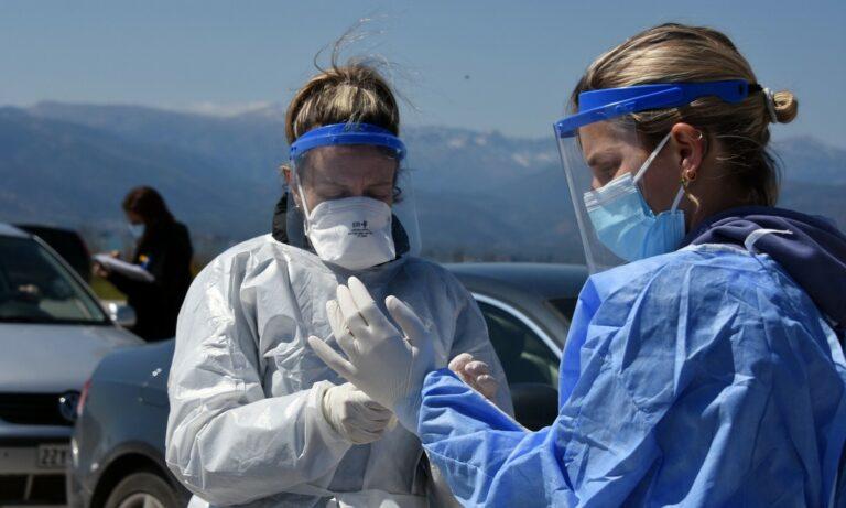 Κορονοϊός: 1.319 νέα κρούσματα, 378 στις ΜΕΘ, οι 38 πλήρως εμβολιασμένοι