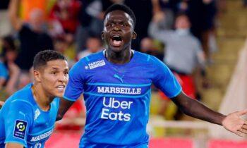 Η Μαρσέιγ επικράτησε 2-0 της Μονακό στο «Λουί Ντε» και σκαρφάλωσε στη 3η θέση της βαθμολογίας, έχοντας και παιχνίδι λιγότερο.