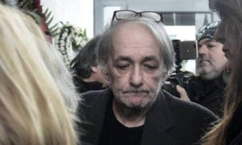 Εσπευσμένα στο νοσοκομείο μεταφέρθηκε ο Ανδρέας Μικρούτσικος, καθώς σύμφωνα με πληροφορίες που έχουν γίνει γνωστές υποφέρει από κολικό νεφρού