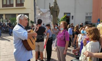 Μίκης Θεοδωράκης: Στην Κρήτη για την κηδεία του και ο πρώην συνεργάτης του, ο Γερμανός διευθυντής χορωδίας Χένινγκ Τσίρoγκ (Henning Zierock).