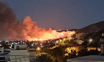 Νέα Μάκρη: Χωρίς ενεργό μέτωπο η φωτιά – Στο σημείο οι πυροσβεστικές δυνάμεις!