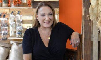 H Ρένια Λουιζίδου έτοιμη για τη σειρά «Σε ξένα χέρια»