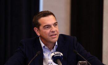 Τσίπρας: Σκληρή κριτική στη Νέα Δημοκρατία άσκησε ο πρόεδρος του ΣΥΡΙΖΑ, κατά τη σύσκεψη που είχε με εκπροσώπους παραγωγικών φορέων.