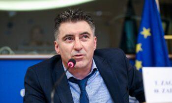 Ζαγοράκης: Είχε εισηγηθεί την απομάκρυνση του Φαν'τ Σχιπ!