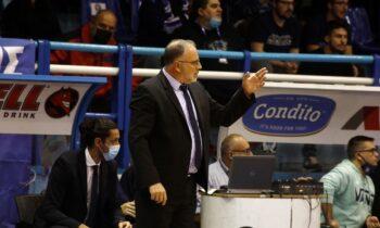 Ο Θανάσης Σκουρτόπουλος θα είναι, όπως όλα δείχνουν, ο πρώτος προπονητής που θα αντικατασταθεί στην φετινή Basket League.