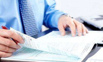 «Τσουχτερά» πρόστιμα για λάθη στις φορολογικές δηλώσεις. Τι πρέπει να προσέξετε.