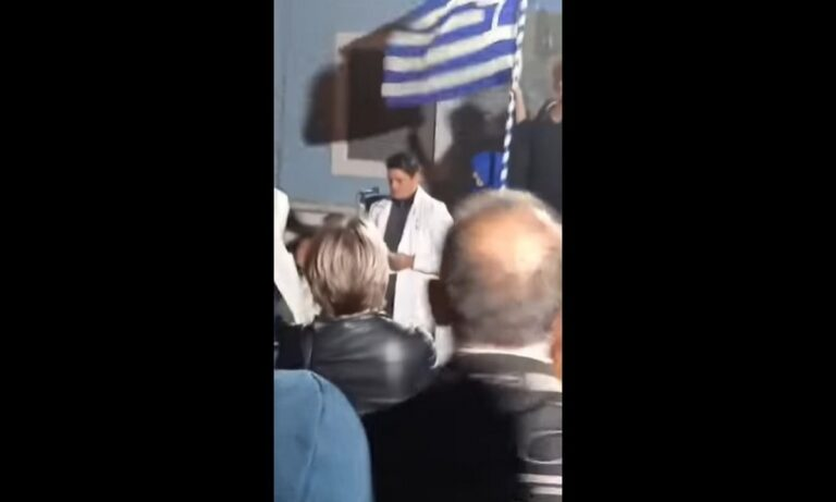 Ευρυβιάδης Μπαϊραμίδης: Η συγκλονιστική ομιλία του νευροχειρουργού για τα ακραία μέτρα της κυβέρνησης στους υγειονομικούς
