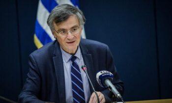Στην Ελλάδα ο κορονοϊός συνεχίζει να προελαύνει, με τα νέα μέτρα για εμβολιασμένους και ανεμβολίαστους να μην αργούν να έρθουν.