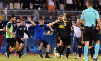 Χαμός στη Λαμία μετά το γκολ που βάζει ο Νούνιες