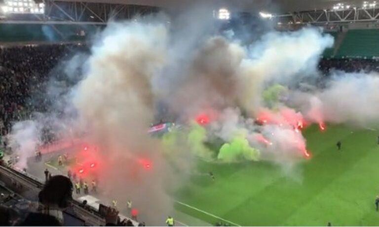 Πήρε «φωτιά» το γήπεδο της Σεντ Ετιέν – Διακόπηκε προσωρινά ο αγώνας με την Ανζέ