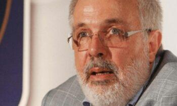 Σαν Σήμερα ο Φίλιππος Συρίγος, στις 13 Οκτωβρίου του 2013, έφυγε από την ζωή σε ηλικία 65 ετών και άφησε σπουδαία κληρονομιά πίσω του.