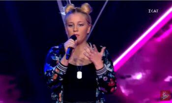 Στο επεισόδιο το Σαββάτου για το The Voice, διαγωνίστηκε μία τραγουδίστρια με την νόσο Stargardt που συγκίνησε.