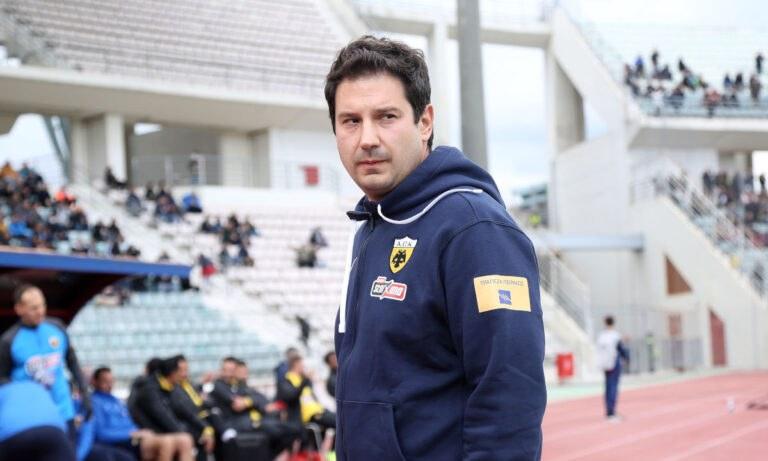 ΑΕΚ: Ο Γιαννίκης έκανε παράπονα, αλλά έκανε και το… χατίρι στους παίκτες -«Δώστε μου ένα καλό πανηγυρισμό!»