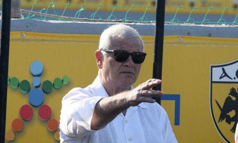 ΑΕΚ: Ο Μελισσανίδης στα Σπάτα, παρουσίασε τον Γιαννίκη στους παίκτες