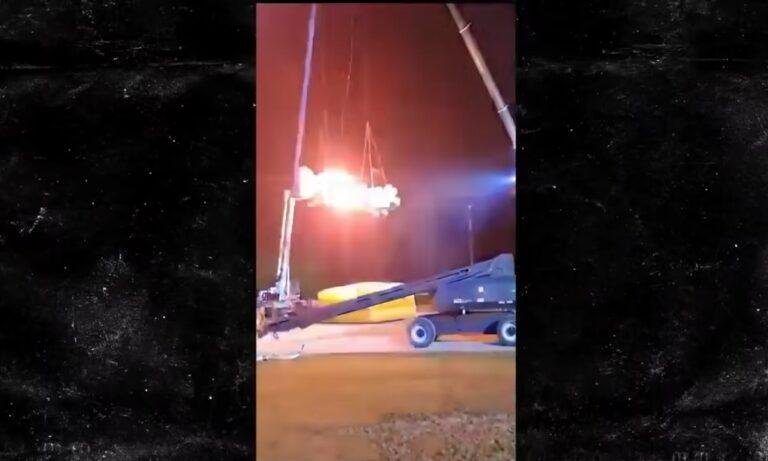 Συγκλονιστικό ατύχημα σε πασίγνωστο reality: Χτύπησε ανάμεσα σε 2 φλεγόμενα αμάξια!