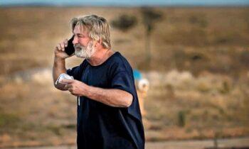 Σε κατάσταση σοκ είναι Αλεκ Μπάλντγουιν μετά το τραγικό περιστατικό στα γυρίσματα της ταινίας του και τον θάνατο μιας γυναίκας.