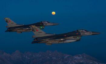 F16 από την Τουρκία εν δράσει, εντείνοντας το ενδιαφέρον στα Ελληνοτουρκικά