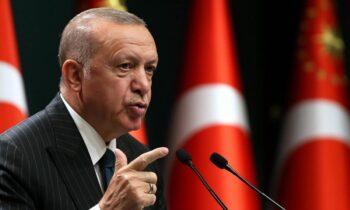 Ελληνοτουρκικά: Ο Ερντογαν παλεύει να στήσει θερμό επεισόδιο στο Αιγαίο - Οι αναφορές για τη Σμύρνη