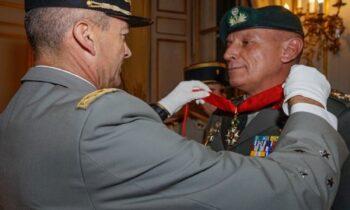 Παρασημοφόρηση του Α/ΓΕΕΘΑ Κων. Φλώρου με το Μετάλλιο της Λεγεώνας
