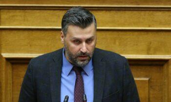 Ο Βουλευτής της Νέας Δημοκρατίας και βουλευτής, Γιάννης Καλλιάνος σε δηλώσεις του τόνισε πως δέχθηκε απειλές πριν να γίνει εμπρηστική επίθεση στο γραφείο του.