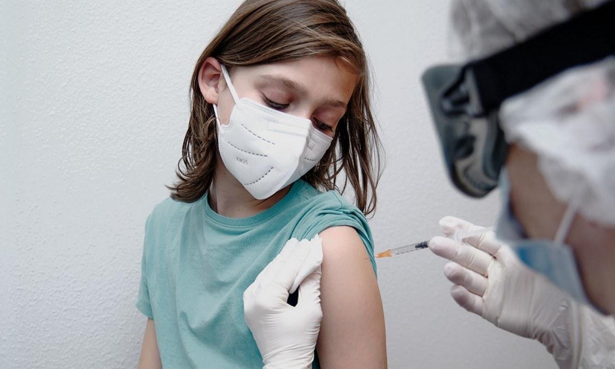 Κορονοϊός: Δίνουν έγκριση για εμβολιασμούς μικρών παιδιών 5-11 ετών παρά τις αντιδράσεις της επιστημονικής κοινότητας