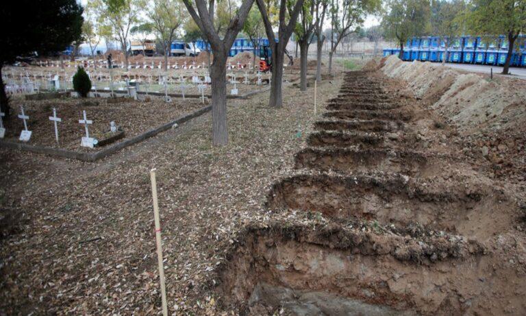 Θεσσαλονίκη: «Εξαφανίστηκαν» τα οστά της μητέρας τους μέσα από τον τάφο