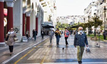 Ο Μιχάλης Γιαννάκος αποκαλύπτει πως το mini lockdown στη Θεσσαλονίκη, ουσιαστικά προέκυψε από την ανεπάρκεια κλινών ΜΕΘ, άλλα και τις απομακρύνσεις υγειονομικών λόγω μη εμβολιασμού.