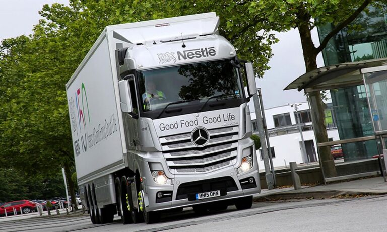 Τι φοβάται η Nestlé για τα Χριστούγεννα, λόγω έλλειψης εργατικού δυναμικού