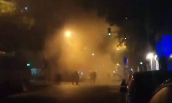 Εικόνα από τη Θεσσαλονίκη και τα επεισόδια που ξέσπασαν