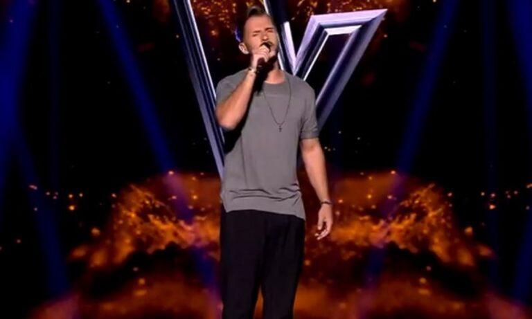 The Voice: Αδερφός γνωστής τραγουδίστριας ενθουσίασε τους coaches! (vid)