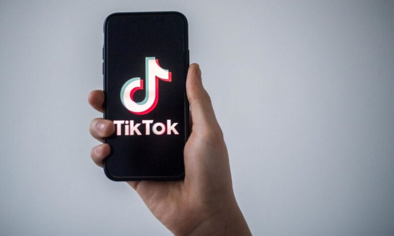 Πασίγνωστος σταρ του Tik Tok κατηγορείται πως σκότωσε την πρώην σύντροφο του αφού χάκαρε το ipad της 5χρονης κόρης του!