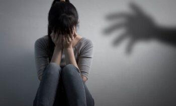 Βιασμός 8χρονης: Σύμφωνα με όσα είπε σε τηλεοπτική εκπομπή η μητέρα, το άτυχο κοριτσάκι να διαμαρτύρεται εδώ και έναν χρόνο πως πονάει.