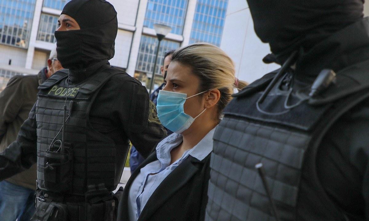 Επίθεση με βιτριόλι: Καταδίκη για την Έφη Κακαράντζουλα